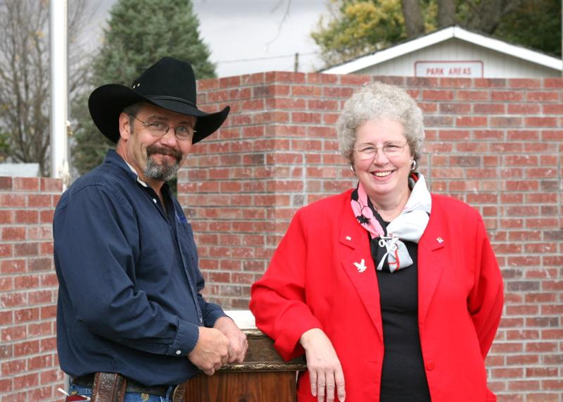 Russ Christensen, sculptor and Gloria Myers, Committee Chair